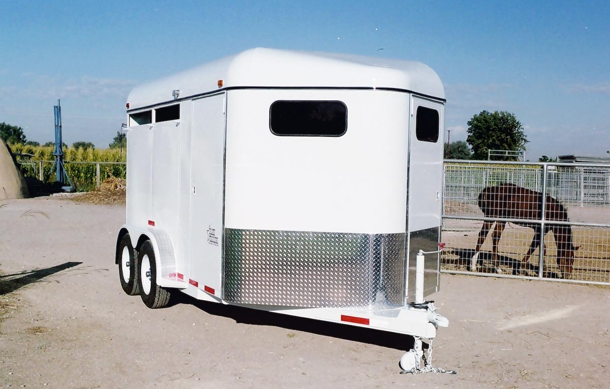 TRAILER ALBUM/01 - Horse Trailers/01 - Diagonal-Haul Bumper Pull/01 - 2 Horse/2006 smooth side no windows/1200x900/2.jpg
